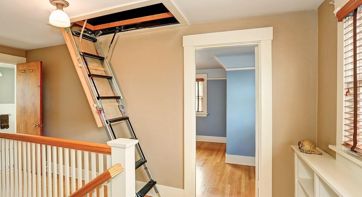 Чердачные лестницы  фотография
